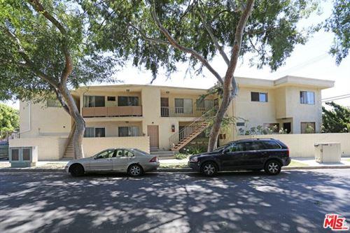 Photo of 3250 Oakhurst Avenue, Los Angeles, CA 90034 (MLS # 20644102)