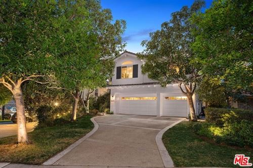 Photo of 16608 Calle Jermaine, Pacific Palisades, CA 90272 (MLS # 21680102)