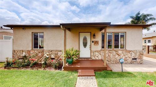 Photo of 5933 S Wilton Place, Los Angeles, CA 90047 (MLS # 21723102)