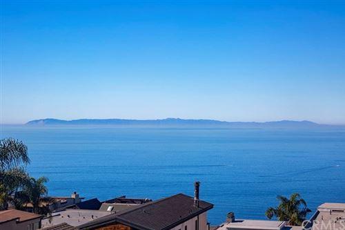 Photo of 917 Santa Ana Street, Laguna Beach, CA 92651 (MLS # LG20220103)