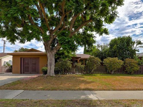 Photo of 1620 W Oak Avenue, Fullerton, CA 92833 (MLS # PW21160103)