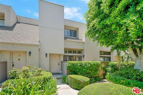 Photo of 15173 Magnolia Boulevard #B, Sherman Oaks, CA 91403 (MLS # 20615104)