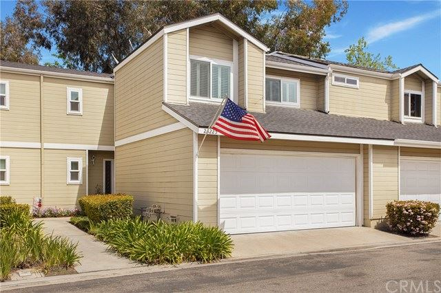 Photo for 23225 Newport Lane #31, Yorba Linda, CA 92887 (MLS # OC21072105)