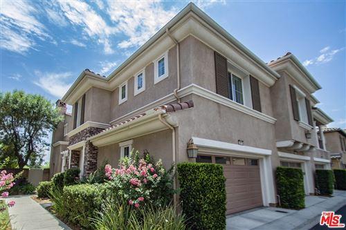 Photo of 23816 BRESCIA Drive, Valencia, CA 91354 (MLS # 19514106)