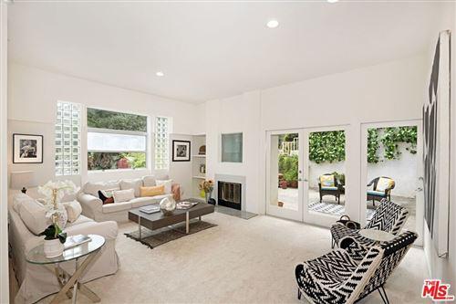 Photo of 2043 N Beverly Glen, Los Angeles, CA 90077 (MLS # 21737106)