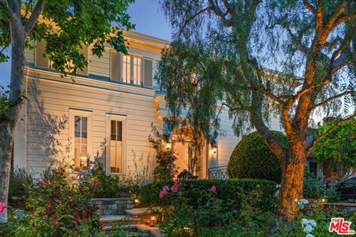 Photo of 10723 Le Conte Avenue, Los Angeles, CA 90024 (MLS # 21747106)