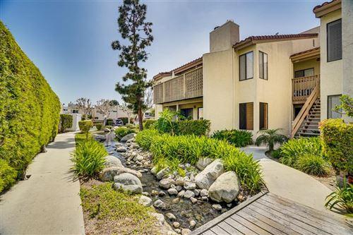 Photo of 16581 Grunion Lane #100, Huntington Beach, CA 92649 (MLS # 534106)
