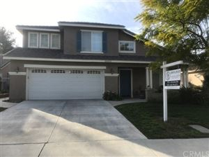 Photo of 30213 Sunrose Place, Canyon Country, CA 91387 (MLS # CV19012106)