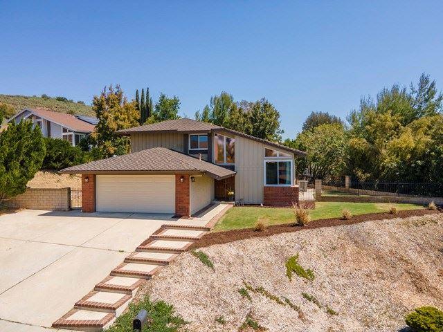 Photo of 2838 Trillium Street, Thousand Oaks, CA 91360 (MLS # 221002106)