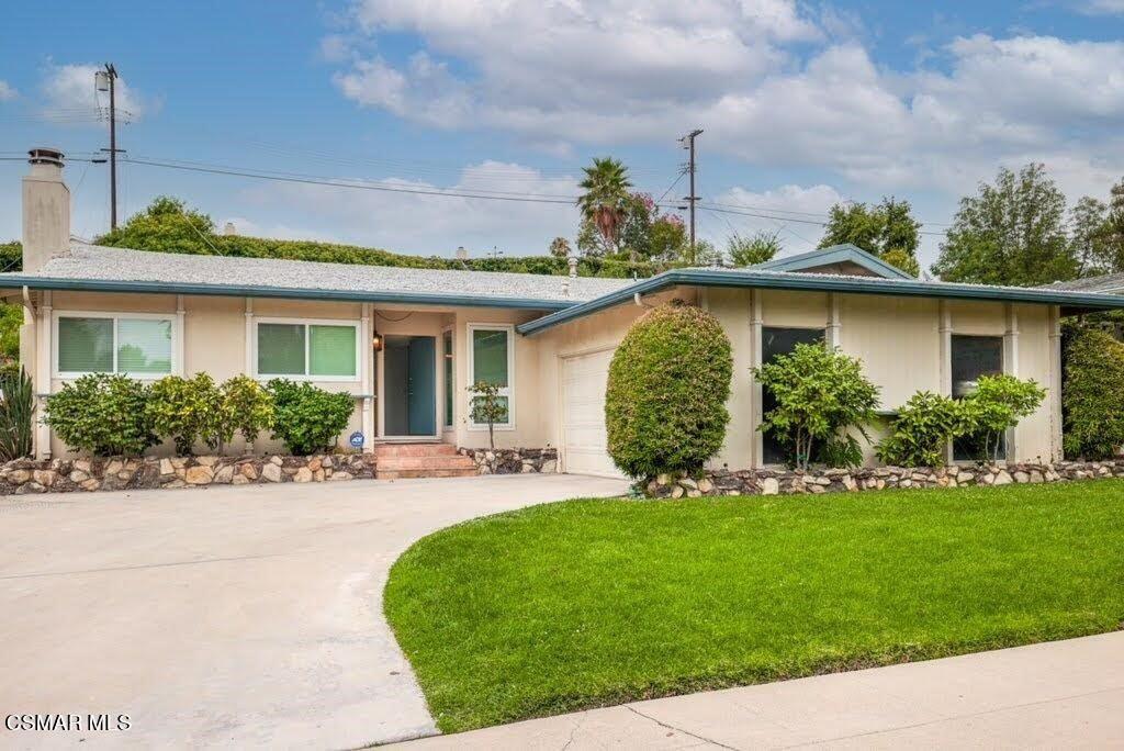 23952 Oxnard Street, Woodland Hills, CA 91367 - MLS#: 221004106