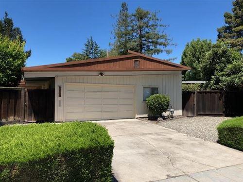 Photo of 705 De Soto Drive, Palo Alto, CA 94303 (MLS # ML81843107)