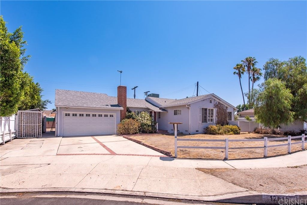 Photo for 12616 Solvang Street, North Hollywood, CA 91605 (MLS # SR21163107)
