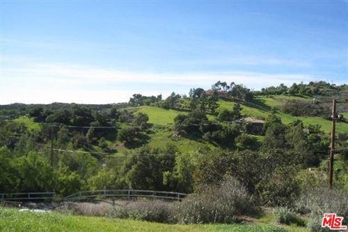 Photo of 2950 Foose Road, Malibu, CA 90265 (MLS # 18362108)
