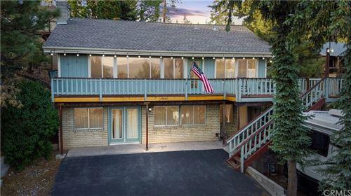 Photo of 39442 N Shore Drive, Fawnskin, CA 92333 (MLS # EV21177108)