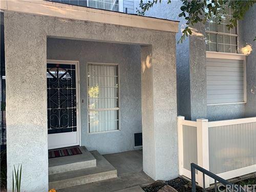 Photo of 9901 Variel Avenue #4, Chatsworth, CA 91311 (MLS # SR21032108)