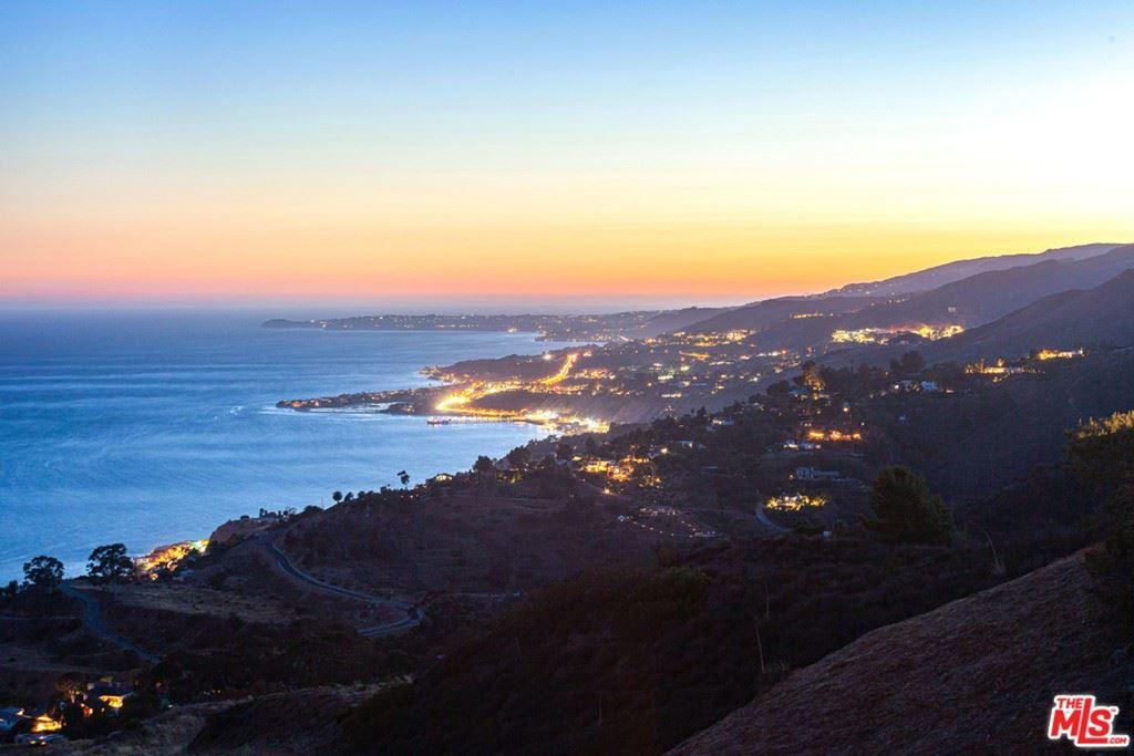 Photo of 20933 Big Rock Drive, Malibu, CA 90265 (MLS # 21742108)