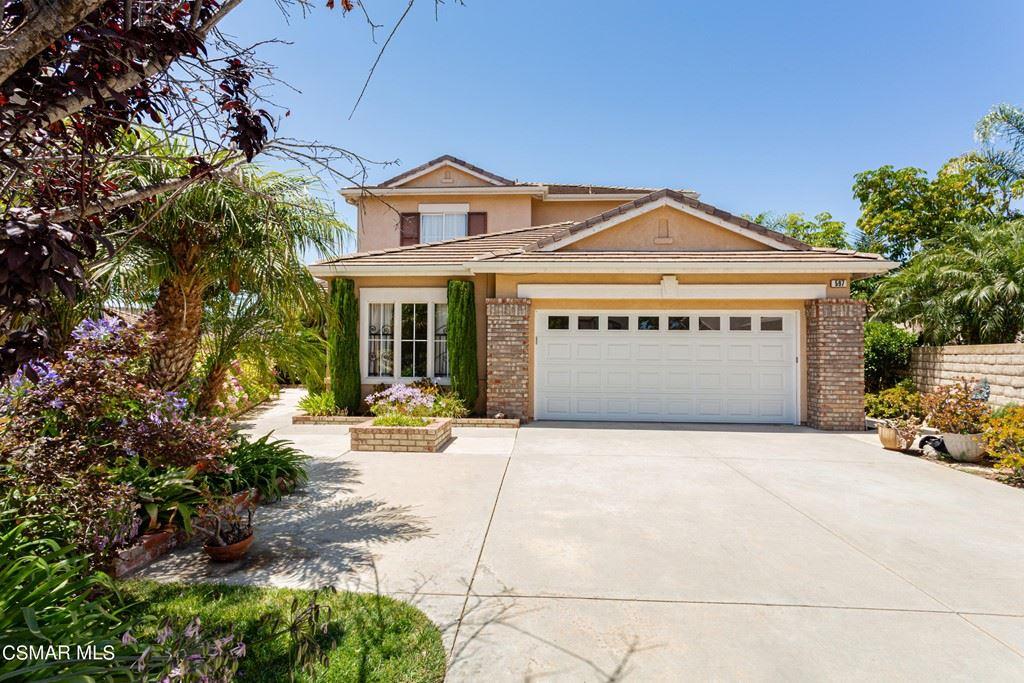 Photo of 597 Camino Del Cielo, Newbury Park, CA 91320 (MLS # 221004108)