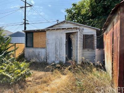 Photo of 1154 W 67th Street, Los Angeles, CA 90044 (MLS # SR21201109)