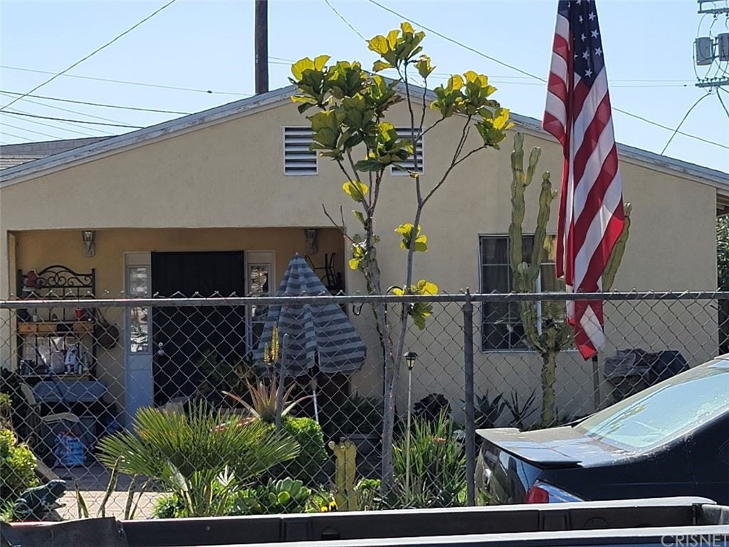 10666 Sherman Place, Sun Valley, CA 91352 - MLS#: SR21055109