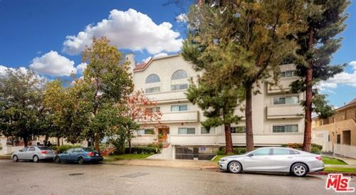 Photo of 3743 S CANFIELD Avenue #303, Los Angeles, CA 90034 (MLS # 19535110)