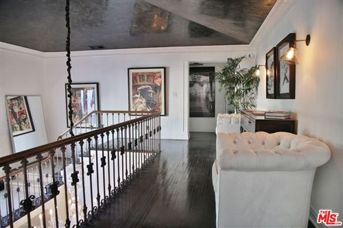 Tiny photo for 600 S MUIRFIELD Road, Los Angeles, CA 90005 (MLS # 20549110)