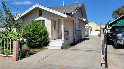 Photo of 913 W Bishop Street, Santa Ana, CA 92703 (MLS # PW21219110)