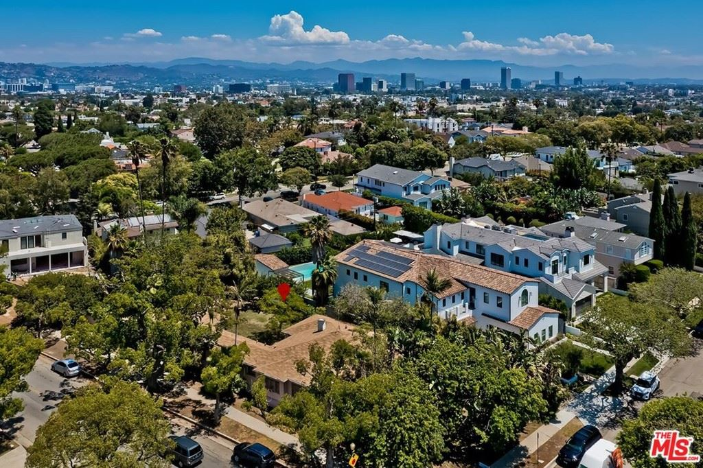 Photo of 9149 Cresta Drive, Los Angeles, CA 90035 (MLS # 21767110)