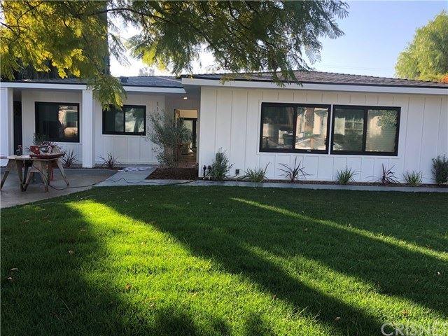 Photo of 11726 La Maida Street, Valley Village, CA 91607 (MLS # SR21027110)