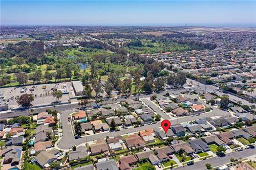 Photo of 7091 Nimrod Drive, Huntington Beach, CA 92647 (MLS # OC21086111)