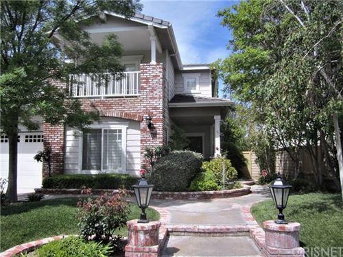 Photo of 28067 Liana Lane, Valencia, CA 91354 (MLS # SR21093111)