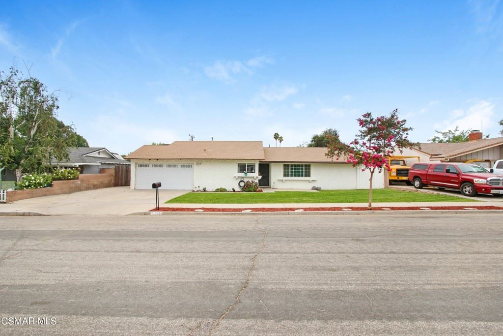 Photo of 3934 Russ Court, Simi Valley, CA 93063 (MLS # 221004111)