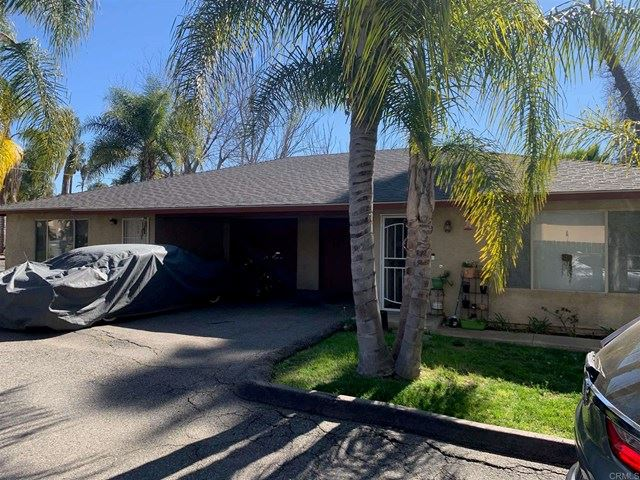 Photo of 239 Vista Glen Lane, Vista, CA 92084 (MLS # NDP2104111)