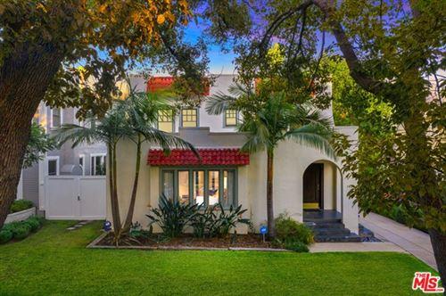 Photo of 1408 N Genesee Avenue, Los Angeles, CA 90046 (MLS # 21690112)