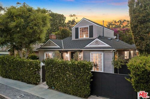 Photo of 11433 Albata Street, Los Angeles, CA 90049 (MLS # 21733112)