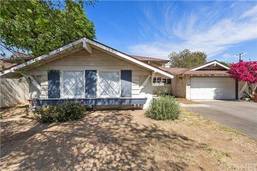 Photo of 9744 Penfield Avenue, Chatsworth, CA 91311 (MLS # SR21097112)