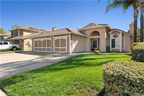 Photo of 39521 Cedarwood Drive, Murrieta, CA 92563 (MLS # SW21236112)