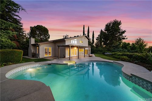 Photo of 22635 Flamingo Street, Woodland Hills, CA 91364 (MLS # SR21164113)