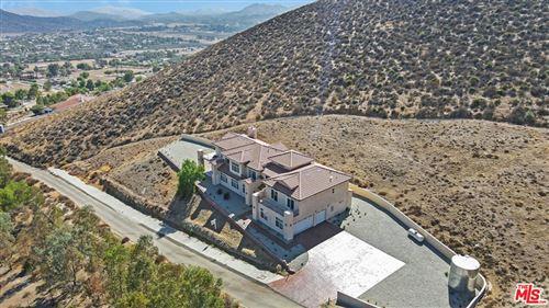 Photo of 9455 Hierba Road, Agua Dulce, CA 91390 (MLS # 21779114)