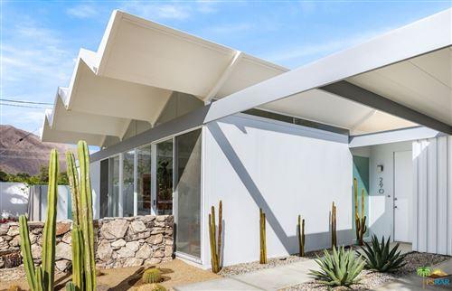 Photo of 290 E Simms Road, Palm Springs, CA 92262 (MLS # 21793114)