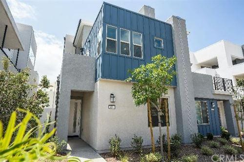 Photo of 128 Spectacle, Irvine, CA 92618 (MLS # EV20027114)
