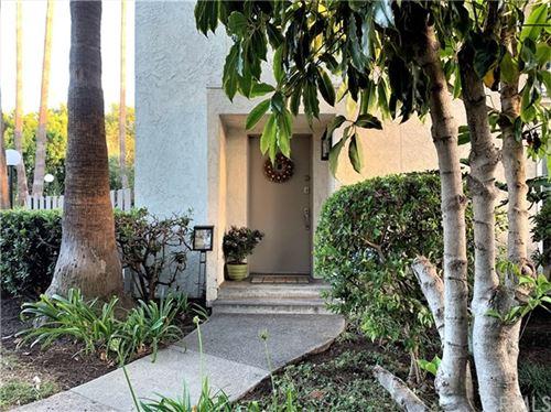 Photo of 16731 Barefoot Circle, Huntington Beach, CA 92649 (MLS # OC20121114)