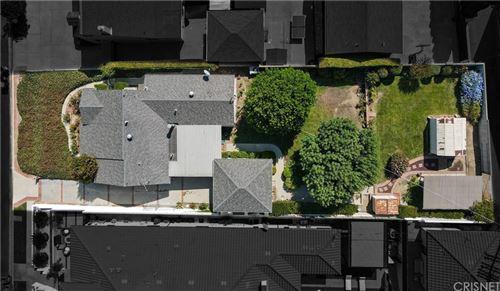 Photo of 16700 Moorpark Street, Encino, CA 91436 (MLS # SR21212114)