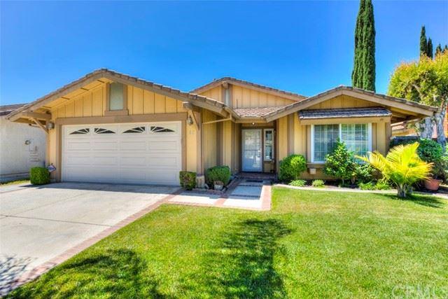 Photo of 12 Via Latigo, Rancho Santa Margarita, CA 92688 (MLS # OC21116114)