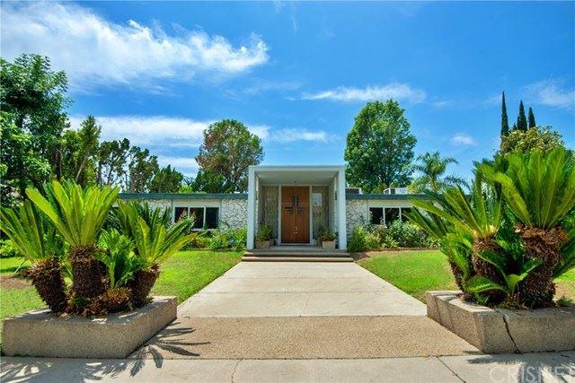 Photo of 9811 Tunney Avenue, Northridge, CA 91324 (MLS # SR20129114)