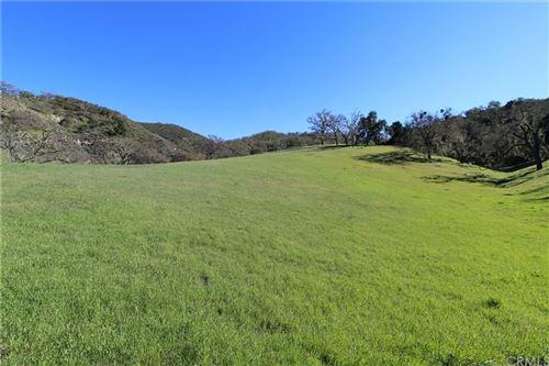 Photo of 9930 Sunfish Circle, Paso Robles, CA 93446 (MLS # NS20113115)
