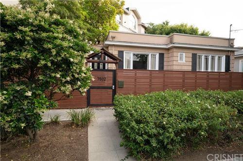 Photo of 7602 De Longpre Avenue, Los Angeles, CA 90046 (MLS # SR21089115)