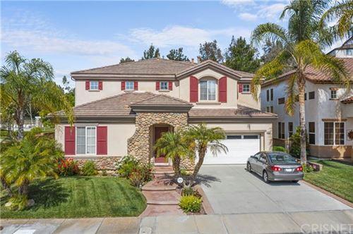 Photo of 28033 Promontory Lane, Valencia, CA 91354 (MLS # SR21101115)