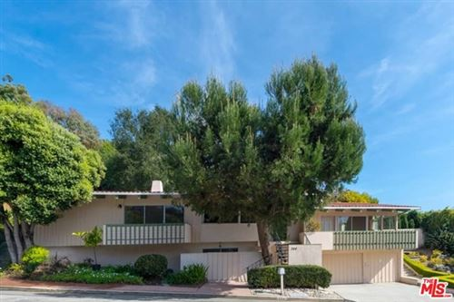 Photo of 344 ARNO Way, Pacific Palisades, CA 90272 (MLS # 20636116)