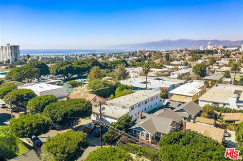 Photo of 423 Ashland Avenue, Santa Monica, CA 90405 (MLS # 21795116)