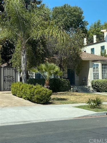 Photo of 5143 Newcastle Avenue, Encino, CA 91316 (MLS # MB20238116)